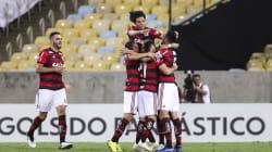 Flamengo ganha do Grêmio no Maracanã e adia festa do título do