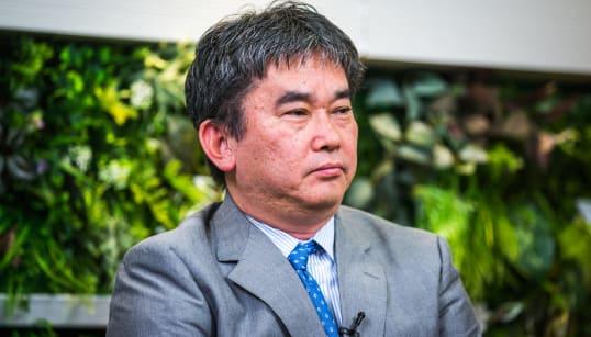 「誰もをカリスマ・天才と褒めるムードはバブル崩壊より怖い」 作家・真山仁が日本経済に警鐘を鳴らす理由