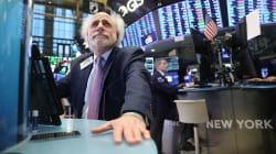 Wall Street, encore convalescente, termine dans le