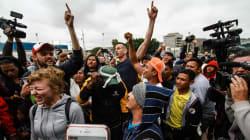 """📷 """"¡Sí se pudo!"""": EU da asilo a los primeros migrantes de la caravana"""