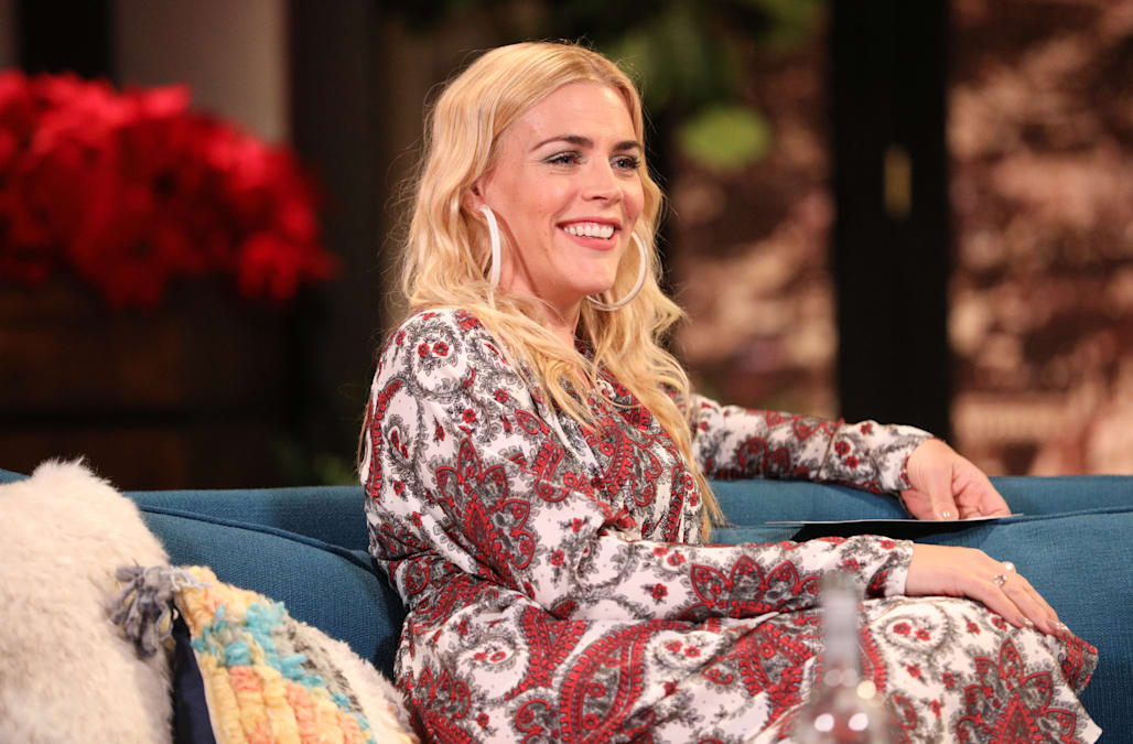 busy philipps on her favorite workout her late night gig and finding a balance aol lifestyle. Black Bedroom Furniture Sets. Home Design Ideas