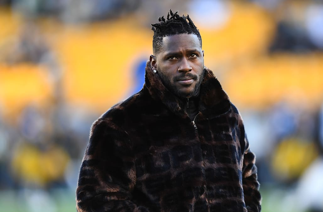 5bd672c1a88 Antonio Brown removed  Pittsburgh Steelers  from Twitter bio - AOL News
