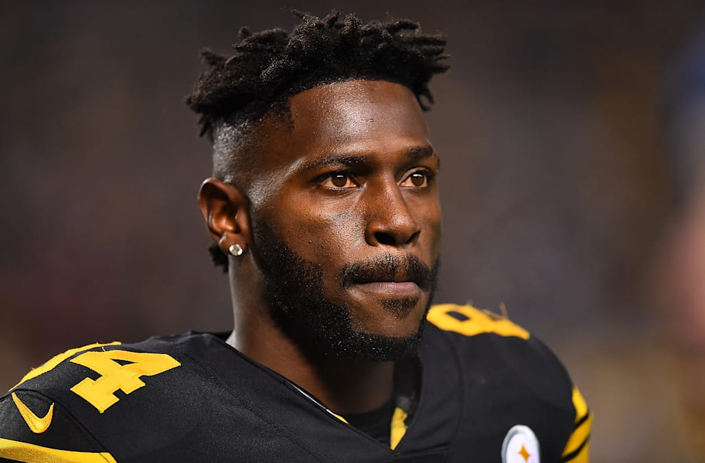 5104db545 Report  Steelers WR Antonio Brown was benched