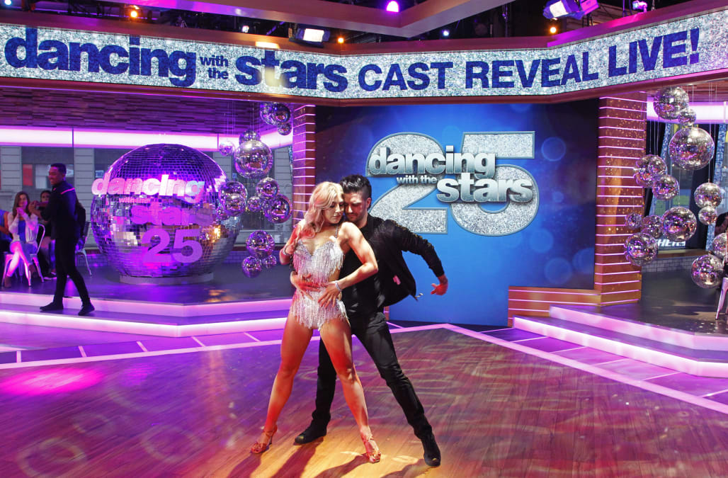 dancing with the stars who will win season 25 we ve set the odds