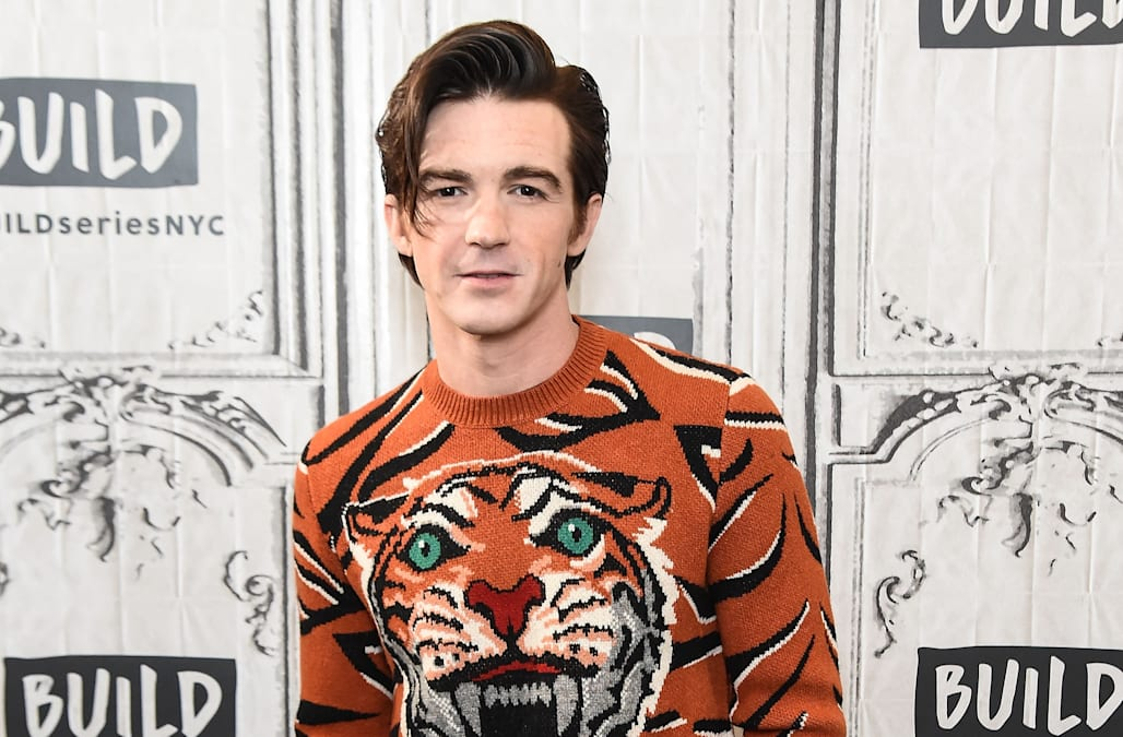 Drake bell gets honest about his friendship with josh peck aol drake bell artist and actor of the hit nickelodeon series drake josh sat down with build series for a conversation about his latest four track ccuart Image collections