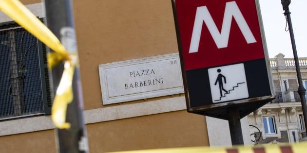 Scale mobili rotte |  chiusa la fermata Barberini della metro di Roma