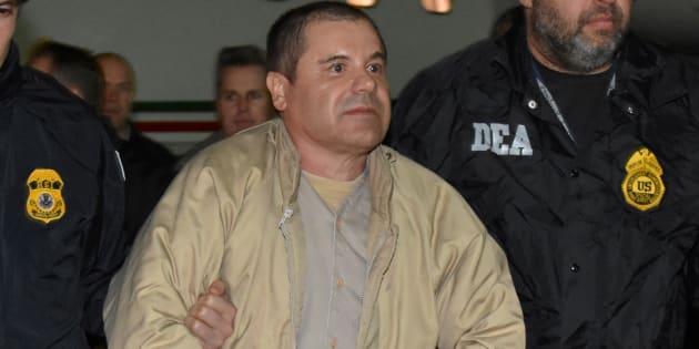 """Le baron de la drogue mexicain Joaquín """"El Chapo"""" Guzmán envisage de porter plainte pour diffamation contre Netflix et Univision."""