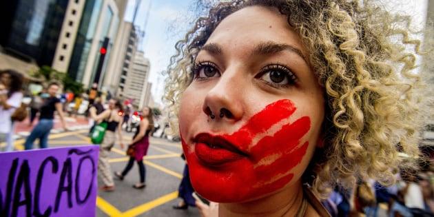 Marcha em São Paulo no Dia Internacional da Mulher.