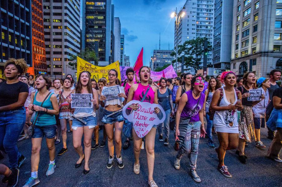 """""""A descriminalização do aborto não é apenas possível, mas uma exigência do sistema de direito humanos e uma exigência constitucional também porque afeta o direito da mulher à saúde"""", afirma José Henrique Torres, juiz titular da 1ª Vara do Júri de Campinas (SP)."""