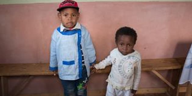 Miranto (left) and Sitraka were born on the same day in the same Madagascar village, but Sitraka is chronically malnourished.