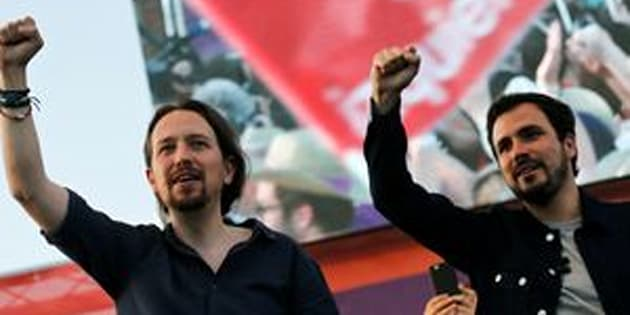 Podemos (We Can) leader Pablo Iglesias (L) and Izquierda Unida (United Left) leader Alberto Garzon.
