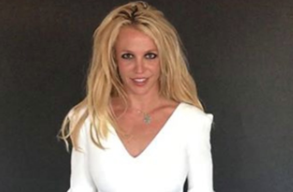 Britney Spears Is White-Hot In Sexy White Mini Dress - Aol -5375