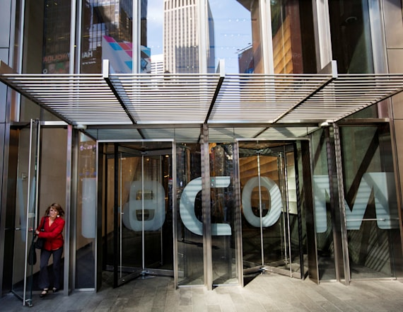 Viacom, Charter to offer networks in basic package