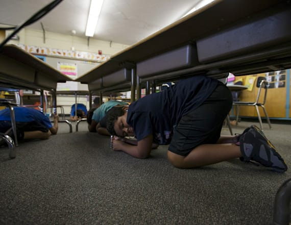 Calif. to 'drop, cover and hold' in earthquake drill