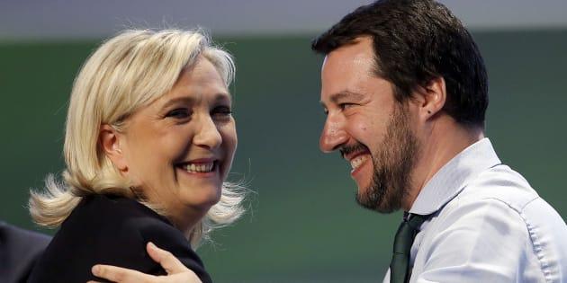 Plombé par ses graves problèmes financiers, le Rassemblement national de Marine Le Pen voit son salut chez ses voisins européens et notamment dans la figure de l'Italien Matteo Salvini.