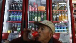 Coca Cola es la reina de la mesa en los hogares mexicanos: se compra más que pan o