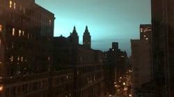 Le ciel de New York devient bleu et ça alimente des rumeurs