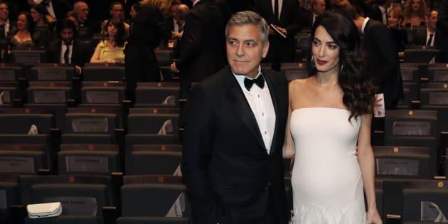 George Clooney attende la nascita dei gemelli
