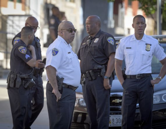 2 dead, officer and woman hurt at Baltimore clinic