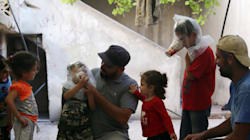 Pourquoi les habitants d'Idlib, en Syrie, mettent des gobelets en carton sur leur