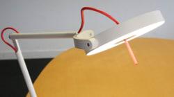 On a testé MyLiFi, la lampe qui vous connecte à Internet par la