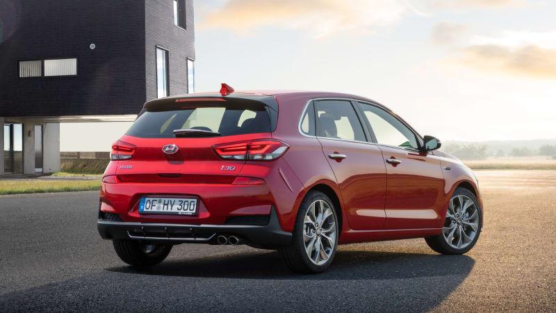 Hyundai Elantra Gt To Get N Line Enhancements Autoblog