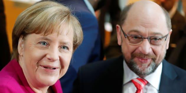 La chancelière allemande Angela Merkel et le leader des sociaux-démocrates du SPD Martin Schulz le 7 janvier à Berlin.