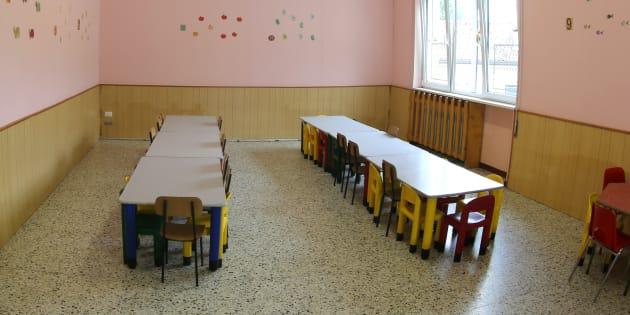 Cibi scaduti, topi e parassiti: una mensa scolastica su tre