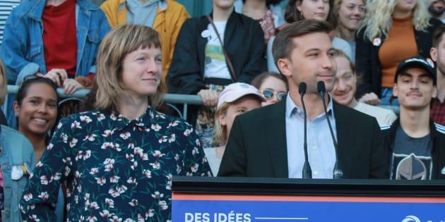 Catherine Dorion et Gabriel Nadeau-Dubois en ont fait l'annonce devant des élèves du Conservatoire d'art dramatique de Québec.