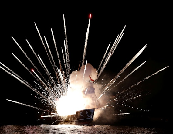 Fireworks sent 11,000 to emergency rooms last year