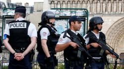 Attaque devant Notre-Dame de Paris: le suspect est un doctorant en journalisme de 40