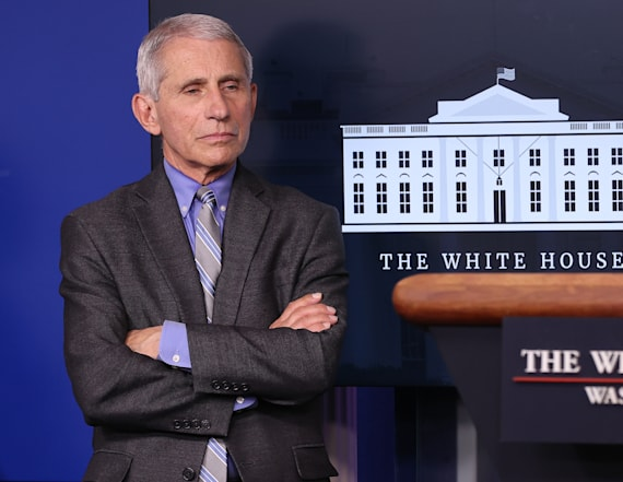 Fauci warns against virus 'conspiracy theories'