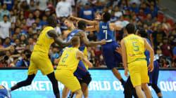 Un match international de basket dégénère en bagarre générale, 13