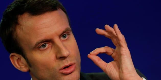 Macron s'engage à légaliser la PMA pour les couples de femmes