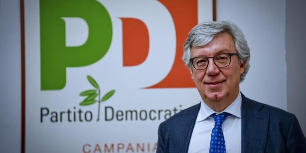 Paolo Siani, capolista in Campania per il Pd alle prossime elezioni, alla presentazione dei candidati dem nella sede regionale del partito a Napoli, 2 febbraio 2018
