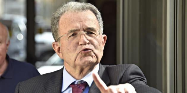 Romano Prodi partecipa ad un incontro sul tema 'Il ffuturo dell'economia mondiale', alla Fondazione Stensen, Firenze, 16 aprile 2016. ANSA/MAURIZIO DEGL'INNOCENTI