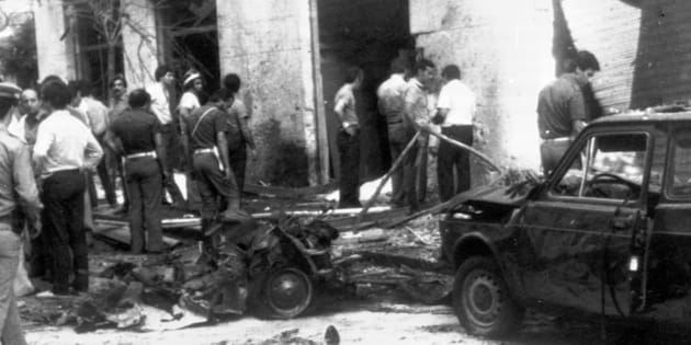 ANSA  OLDPIX                       Rocco Chinnici's wasted car after a car bomb exploded near by Palermo Italy 29 July 1983. ANSA
