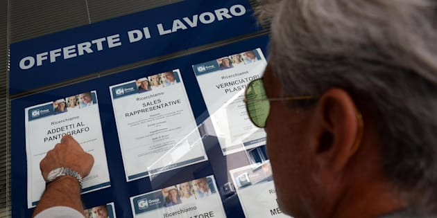 Lavoro, Istat: a luglio disoccupazione scende al 10,4%