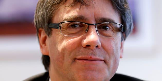 En Catalogne, les deux grands partis indépendantistes sont d'accord pour investir Carles Puigdemont.