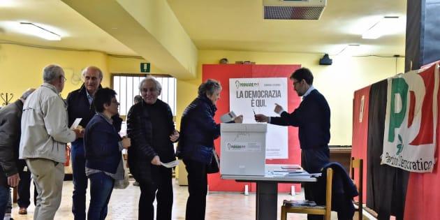 Grillo difende la 'democrazia dei clic': Le primarie si pagano