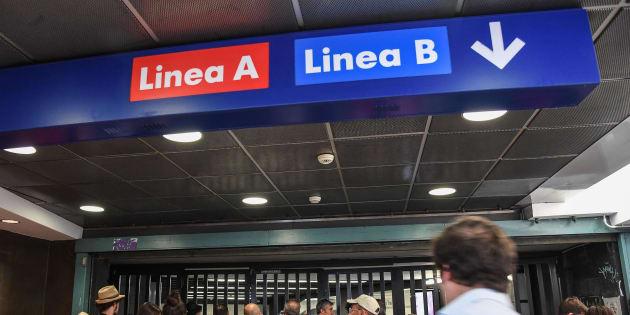Roma, fumo nei corridoi della stazione Termini: chiusa la fe