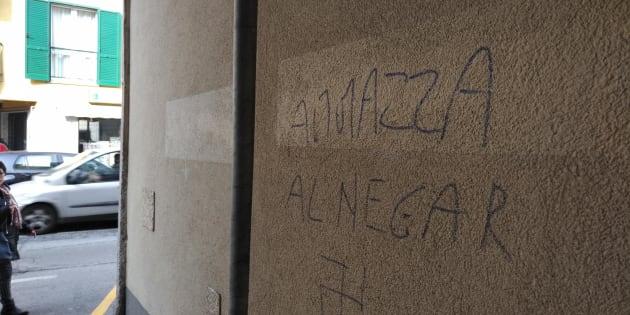 Scritte razziste contro un ragazzo a Melegnano, lo sfogo del