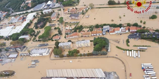 A handout picture provided by Vigili del Fuoco (fireman) shows a general aerial view of a flooded area during the flood in Livorno, Central Italy, 10 September 2017.  ANSA/VIGILI DEL FUOCO EDITORIAL USE ONLY/NO SALES
