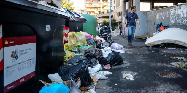Ad Aprilia la spazzatura che veniva smaltita nel Tmb Salario