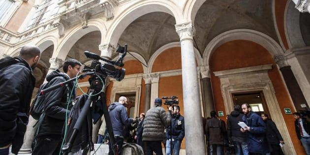 Un momento delle operazioni di accoglienza e registrazione dei senatori a Palazzo Madama, Roma, 19 marzo 2018. ANSA/ GIUSEPPE LAMI