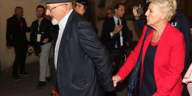 I genitori di Renzi agli arresti domiciliari: perché la deci
