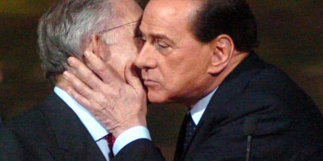 Silvio Berlusconi e Marcello Dell'Utri in un'immagine dell'11 novembre 2007.       ANSA/ LUCA CASTELLANI