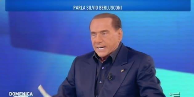 Silvio Berlusconi sfora e parla di sondaggi, ma rassicura la D