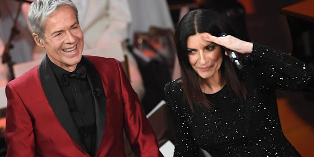 Italian singer and Sanremo Festival artistic director Claudio Baglioni (L) and Italian singer Laura Pausini perform on stage during the 68th Sanremo Italian Song Festival at the Ariston theatre in Sanremo, Italy, 10 February 2018. The 68th edition of the television song contest runs from 06 to 10 February.   ANSA/CLAUDIO ONORATI