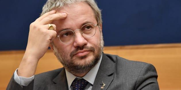 Il candidato della Lega Claudio Borghi durante una conferenza stampa, Roma, 23 gennaio 2018.  ANSA / ETTORE FERRARI
